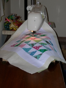 quilting a triangle-square mini