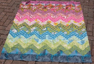 Zig-Zag quilt on patio