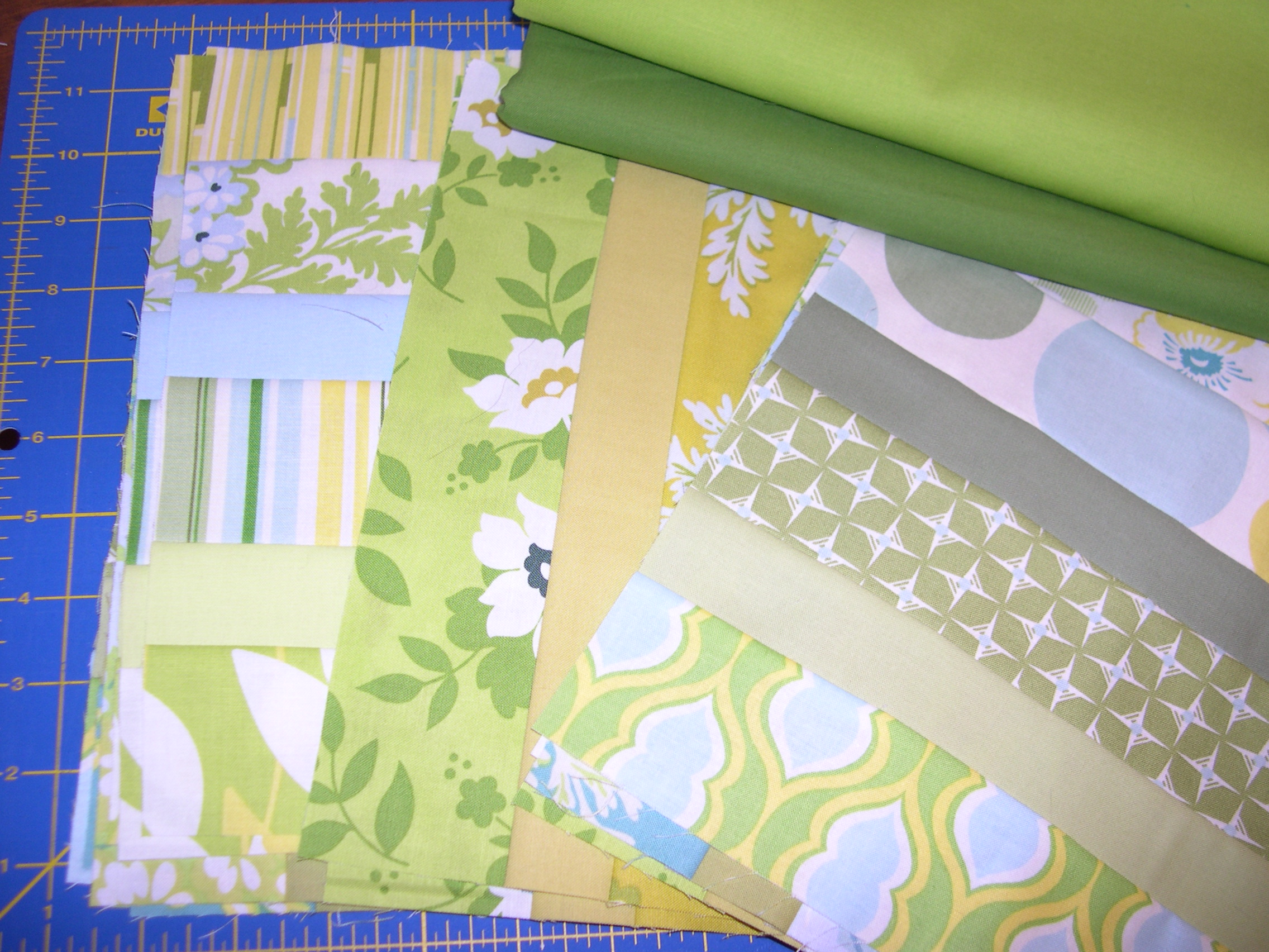 Lemon-Lime Table | Terri's Notebook