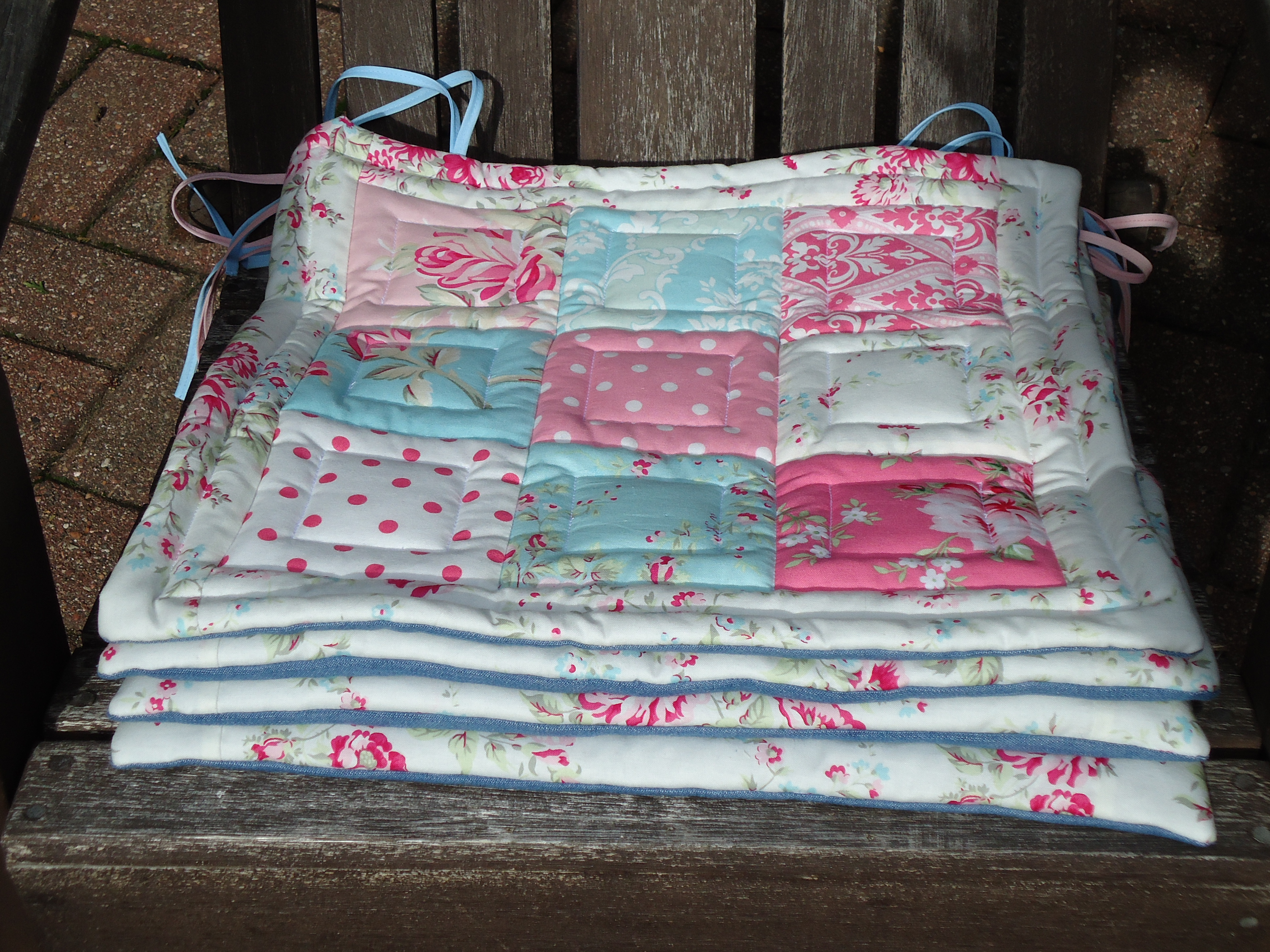 Shabby Chic Chair Seat Pads : chair pads Terri s Notebook