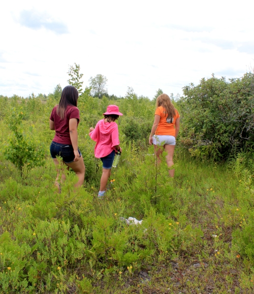girls letterboxing