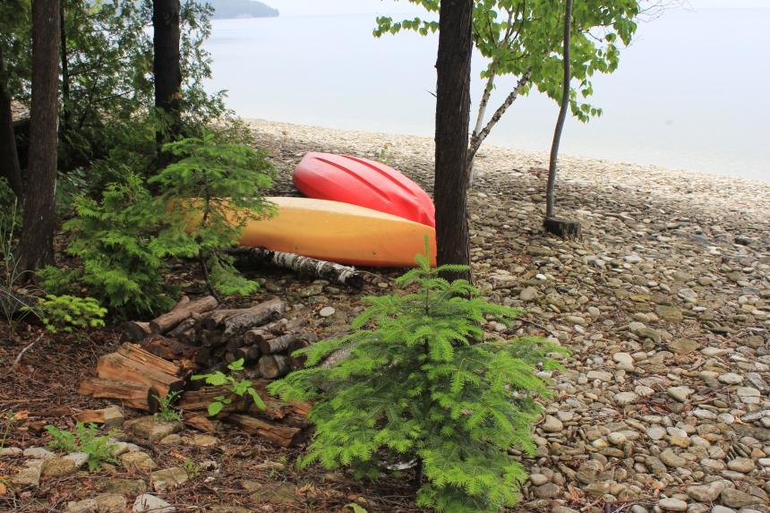 kayaks in door county