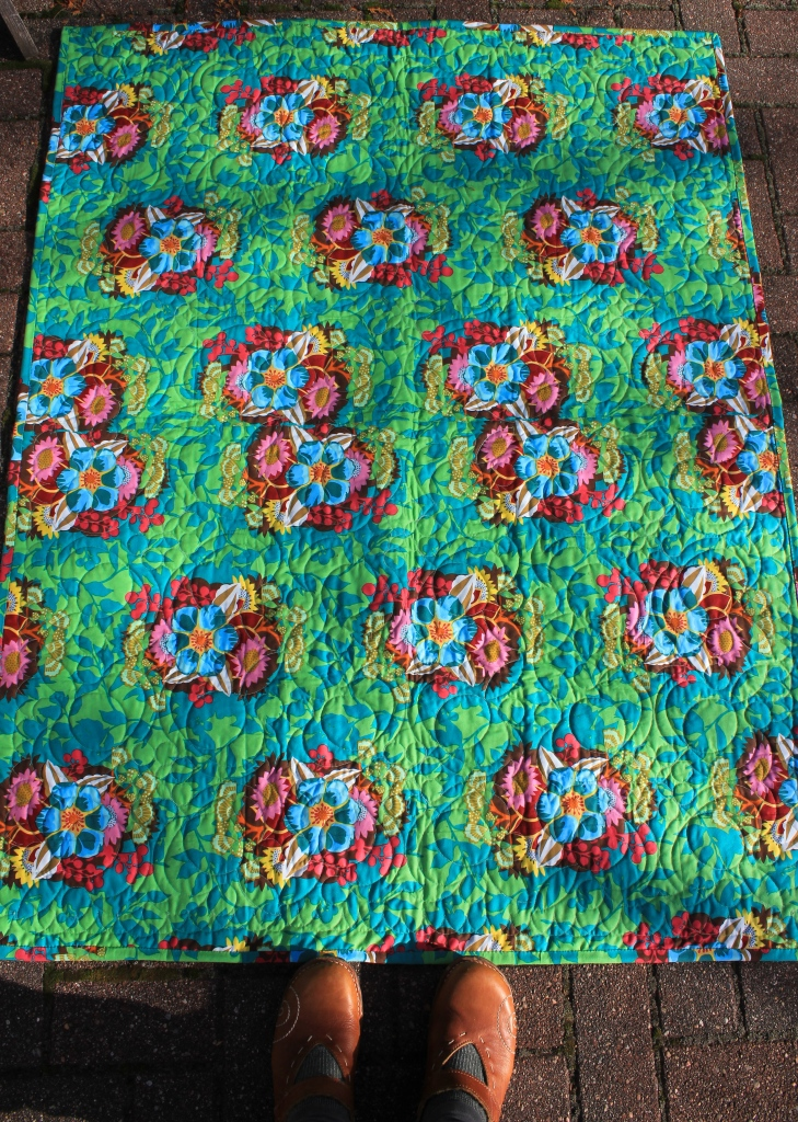 garden party quilt back