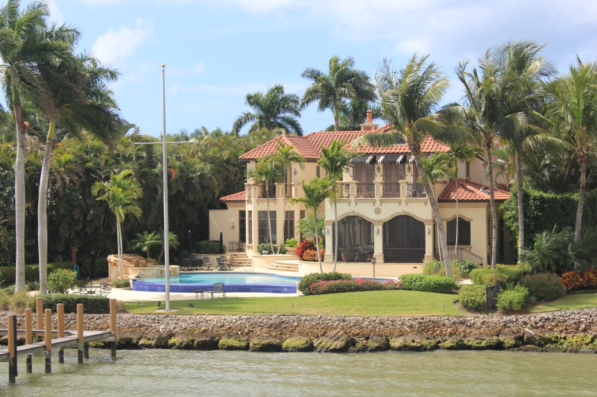 mansion on Gordon River