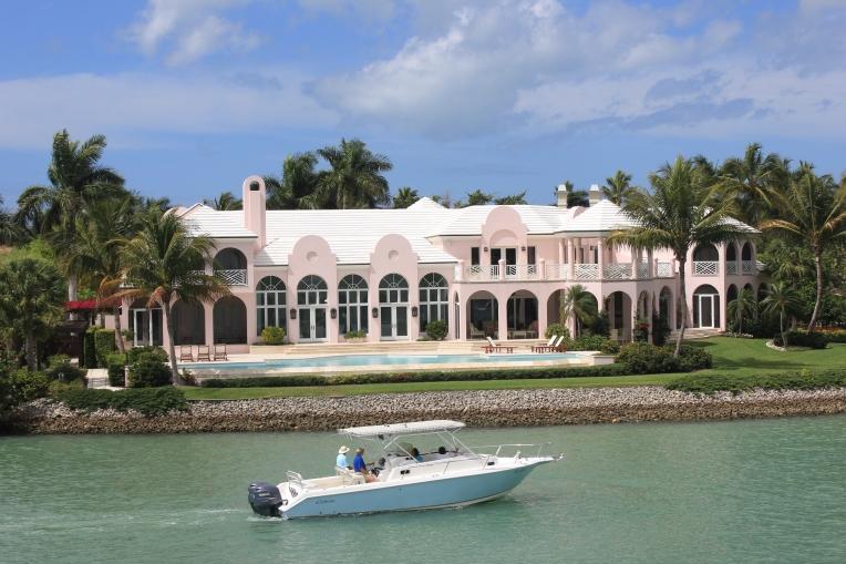 mansion on Gordon River, Naples