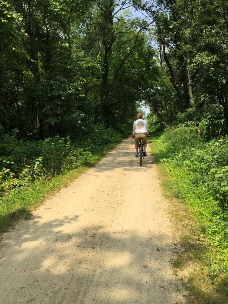 bike riding the trail