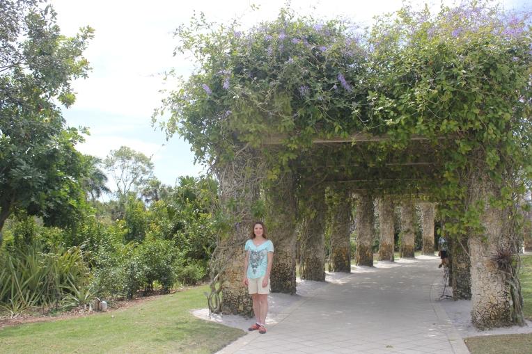 arbor at botanical gardens